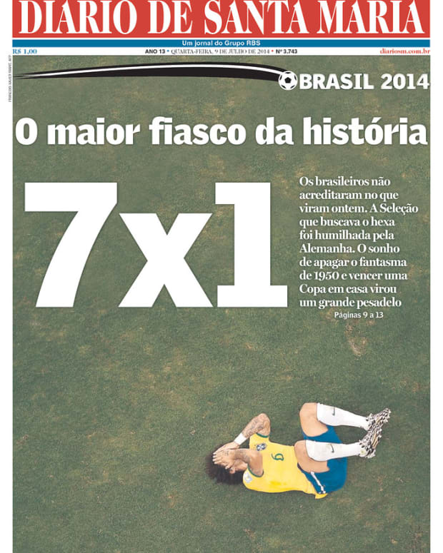 The Biggest Flop in History, reads Diario de Santa Maria (Santa Maria, Brazil)