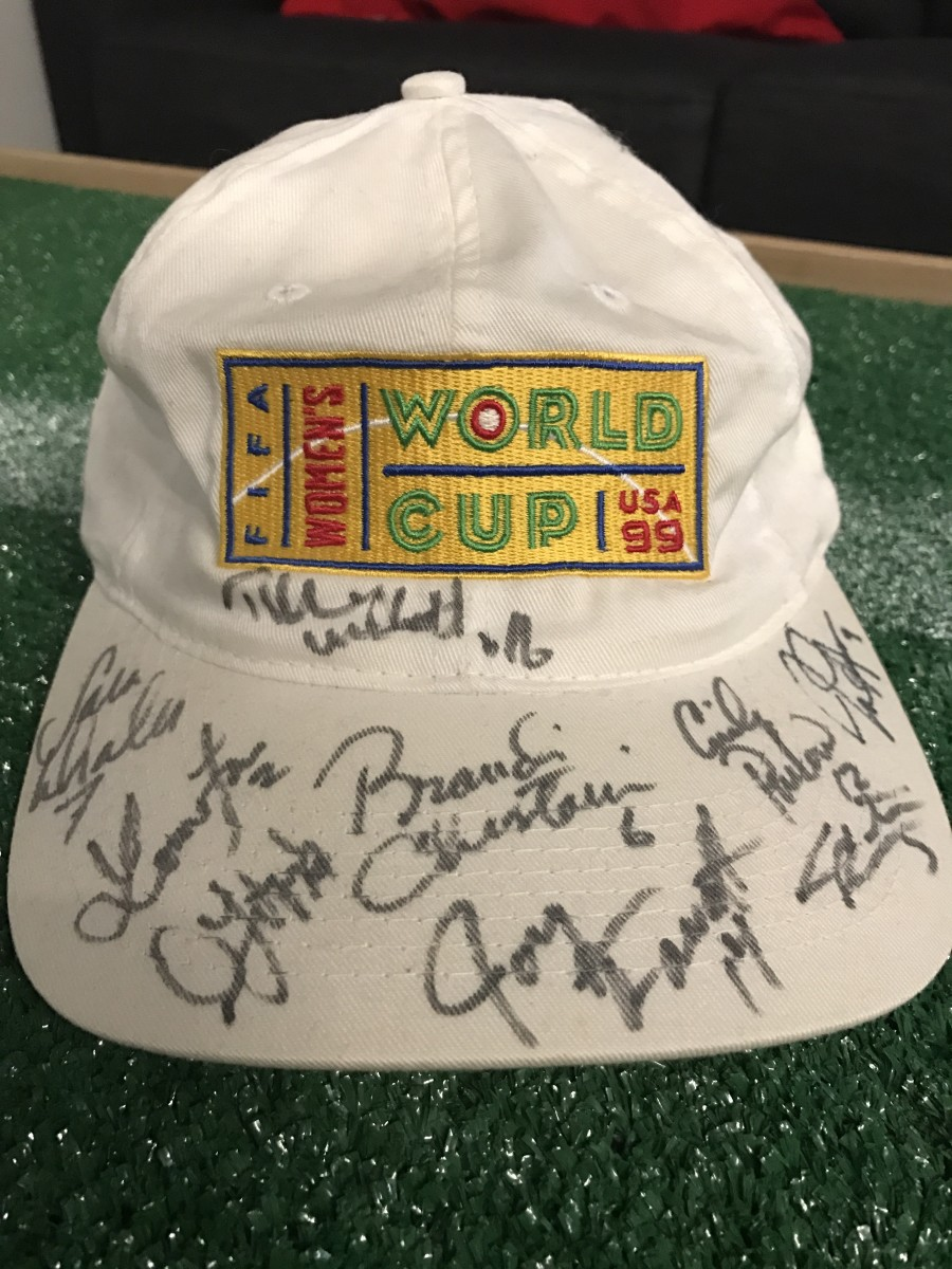 1999 official Women's World Cup Hat with USWNT signatures, via GFOP Mickey Greene
