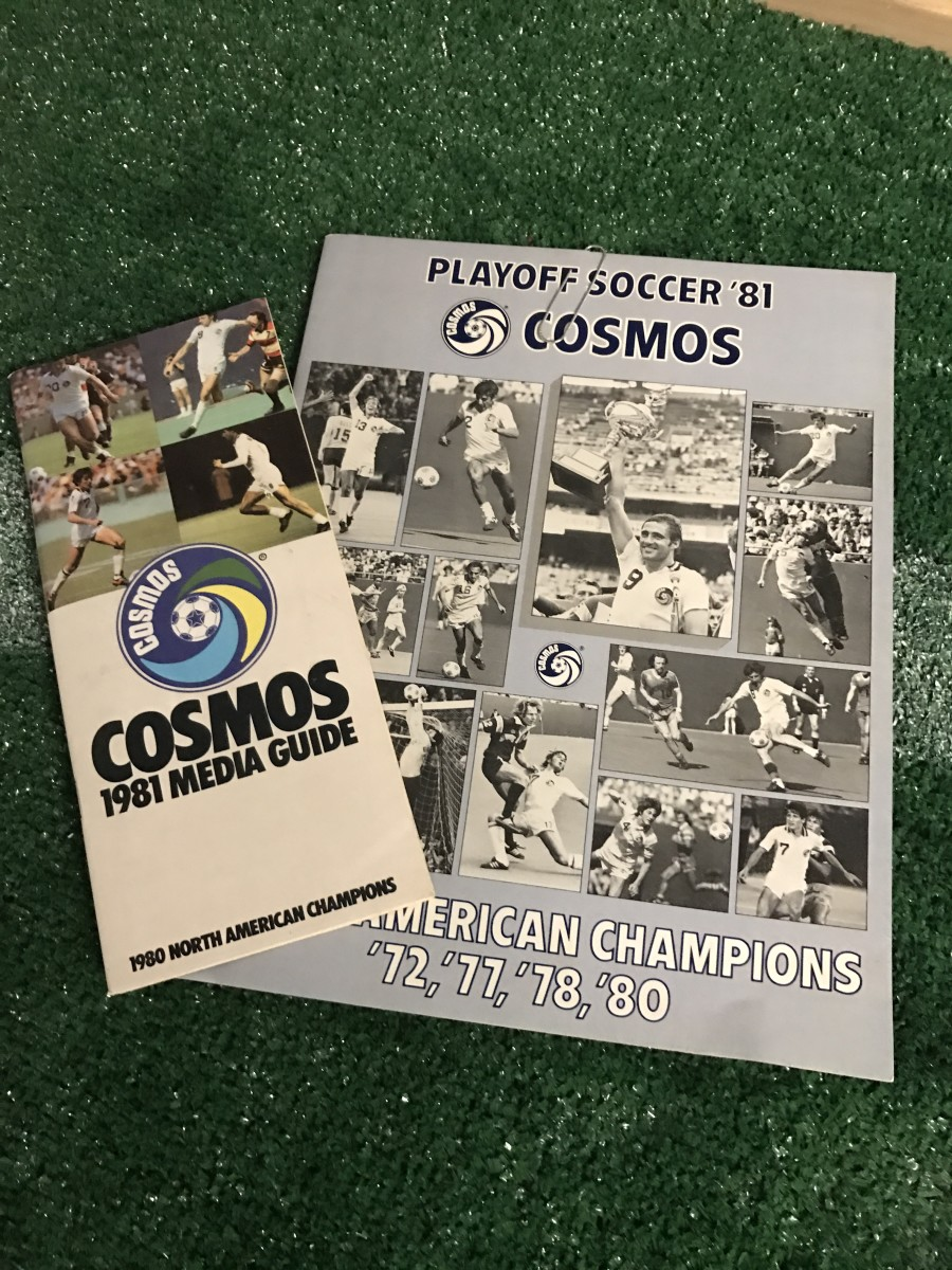 1981 NY Cosmos media guide and playoff program, vai GFOPs Peter and Armando Galassi